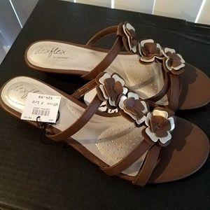 Dexflex wedge floral sandals